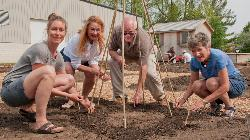 Thornbury Community Garden opens